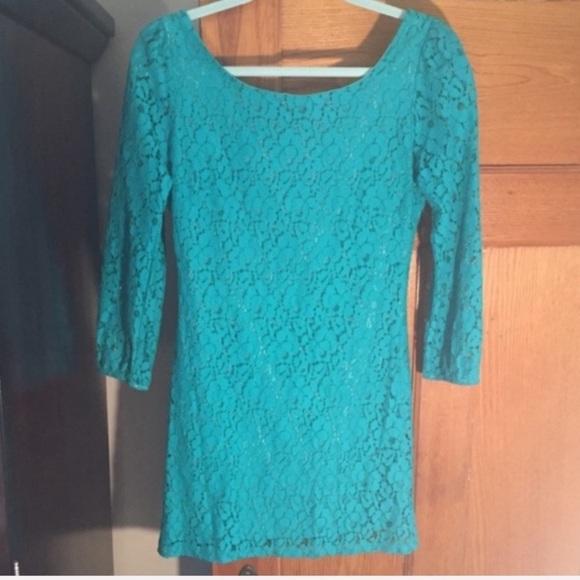 ASOS Dresses & Skirts - NWT ASOS 3/4 sleeve floral crochet tunic dress